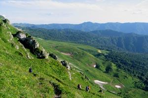 Спуск с майкопского перевала
