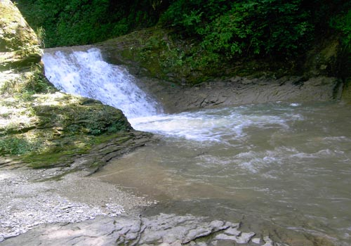 Водопад реки  Мешоко